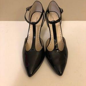 Adrianne Vittadini Shoes - Adrianne Vittadini Black T-Strap Heels
